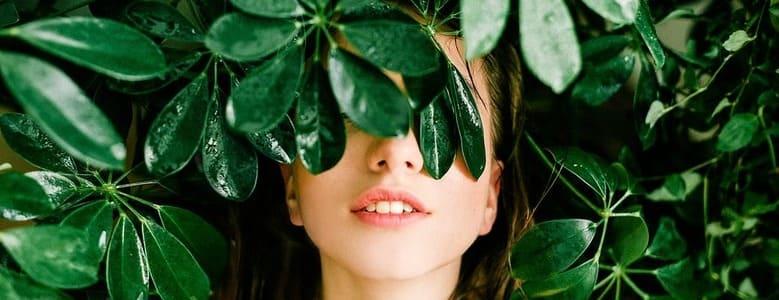Problematische Haut?  Untersuchen Sie bewährte Methoden zur Pflege von fettiger Haut.